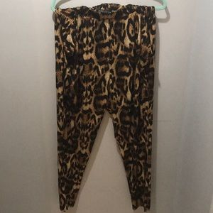 Leopard/Cheetah Print Pants with pockets 💥